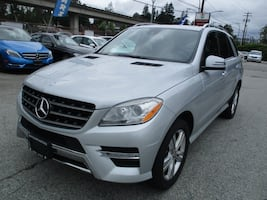 2012 Mercedes-Benz M-Class 2012 Mercedes-Benz ML 350- AWD BlueTEC NAV & ROOF