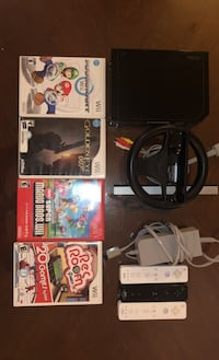 Nintendo Wii w 3 controllers and 6 games Hoboken, 07030
