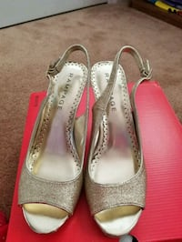 pair of gray leather peep toe heels Ashburn, 20147