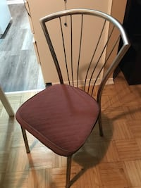 IKEA table and four chairs 30 obo 504 km
