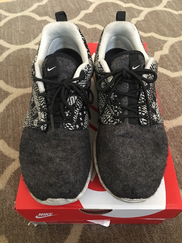 new arrival 47942 0c366 Women s Nike roshe one winter size 7 sneakers shoes