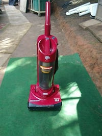 red Dirt Devil upright vacuum cleaner Hickory, 28601