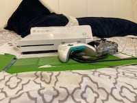 Xbox One S with 2 Controllers. Box, Cables and advanced warfare. Arlington, 22204