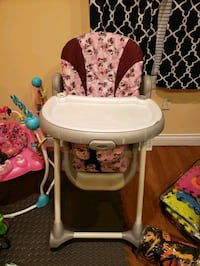 baby's pink and white high chair Elmira, 14903