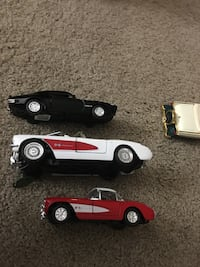 two black and red car toys Mukilteo, 98275