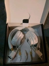 white and gray corded headphones San Francisco, 94102