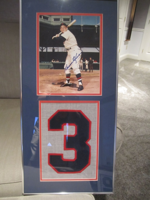 Autographed photos with Jersey swatches - framed & matted 26f83a1b-3d8f-4b7c-a57f-d29e743c1f5b