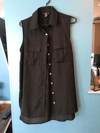 Sheer sleeveless Top size medium  Winnipeg, R2K 2A5