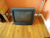 """32""""Color Tubed TV. Great picture. Perfect for games or for watching tv Baltimore, 21239"""