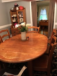 oval brown wooden dining table with chairs set Charles Town, 25414