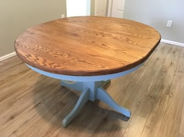 Farmhouse Style Solid Oak Pedestal Dining Table