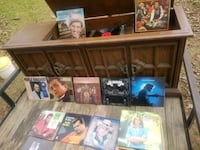 Magnavox 360 record  and 8 track player Harris County