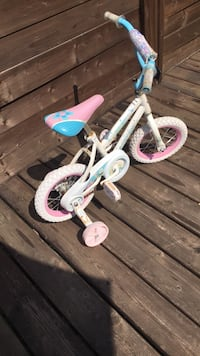 Girls toddler bike with training wheels Laval, H7X