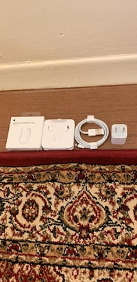 apple brand new iPhone accessories  Toronto, M4H 1L1