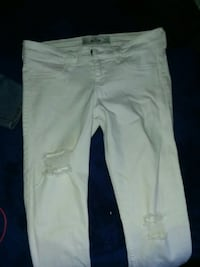 White ripped jeans Oxnard, 93033