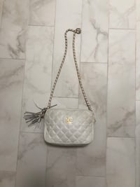 White Chanel bag REAL Toms River, 08753