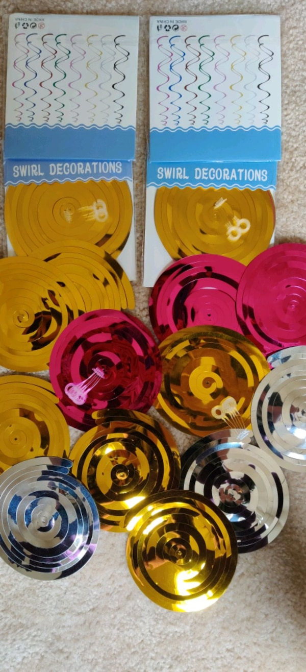 20 PC's swirl decorations.... 1