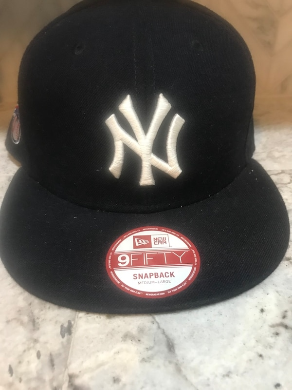 28f76ba026f85 Used Black new york yankees fitted cap for sale in Columbia - letgo