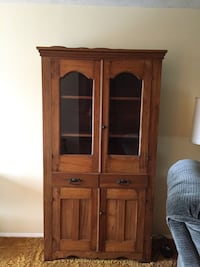 Antique cabinet  Frederick, 21702