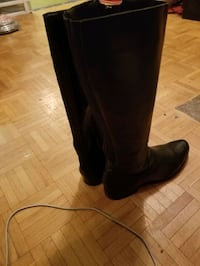 PEACH Made in Brazil knew high leather boots Toronto, M4W 3M3