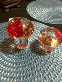 two red and yellow glass vases Berwyn, 60402