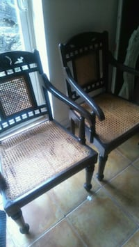 Two chairs 544 km