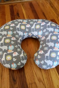Boppy Nursing Pillow w/ Slipcover Omaha, 68134