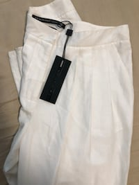 Mackage white pants (new with tag) Hamilton, L8P 4T1