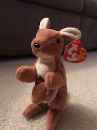 "Rare Ty Beanie Babies ""Pouch"" style 4161 Mint Condition with Tag Date of Birth 11-6-1996 Wichita, 67216"
