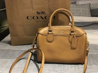 F32202 - Coach Crossgrain Leather Mini Bennett Satchel  Markham, L3P