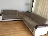 Brown and white sectional couch Los Angeles, 91403