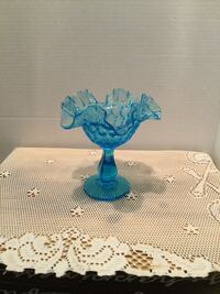 Beautiful Vintage Fenton Candy Dish  Perfect condition  6 inch tall  Riverside, 92506