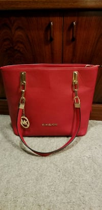red Michael Kors leather tote bag Mississauga, L4Y 3B4
