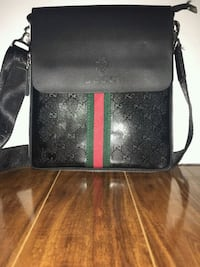 100% authentic black GG Gucci side bag / messenger bag Toronto, M4C