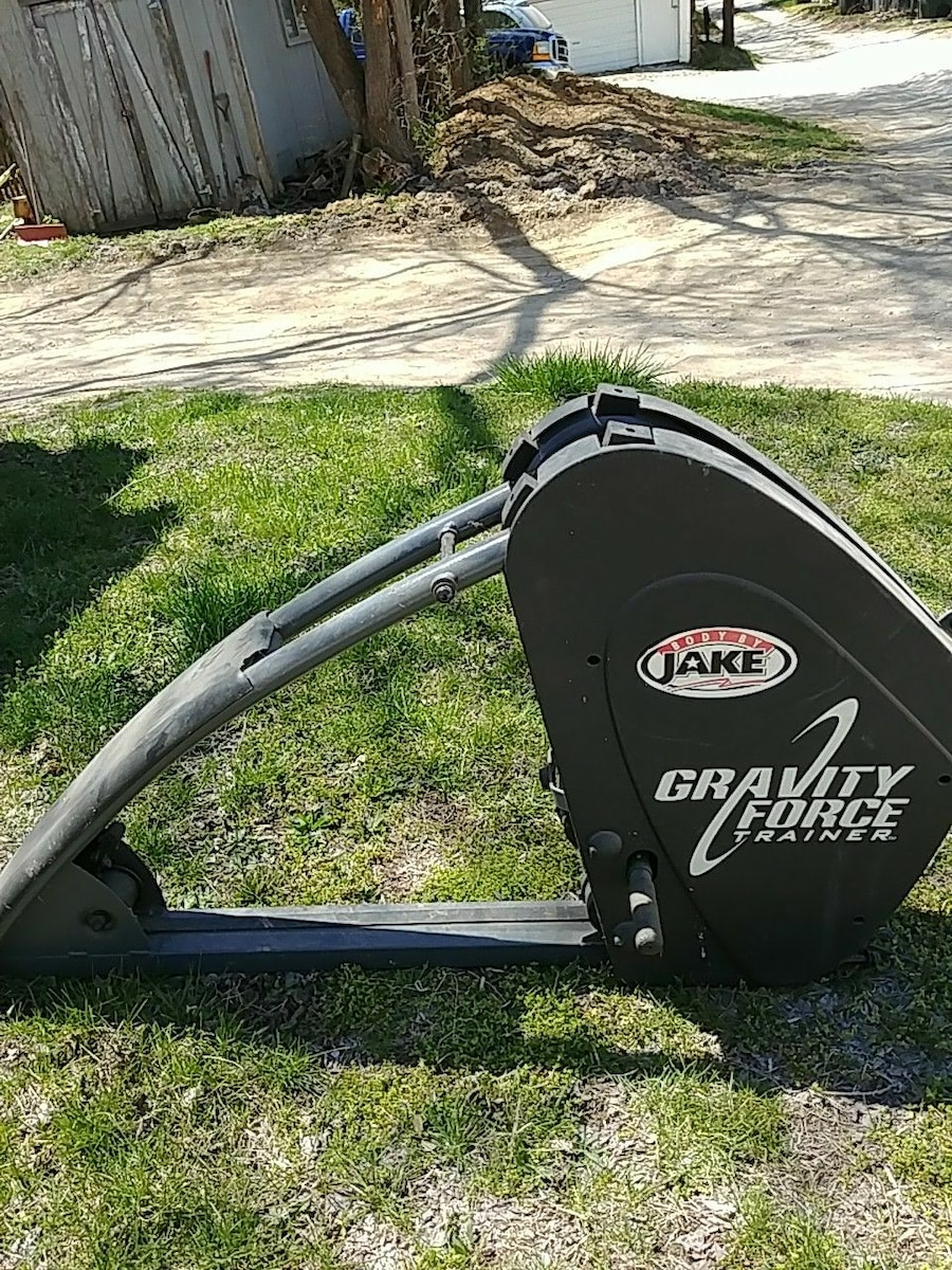 Photo Body by jake gravity trainer