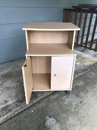 Small cabinet on casters