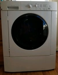Washer ENERGY STAR in good condition.