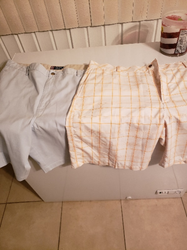 874ade09a4b6 Used white and brown plaid shorts for sale in WASHINGTON - letgo