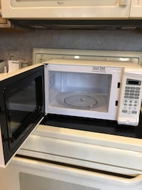 Rival Microwave, 700 watts Springfield, 22153