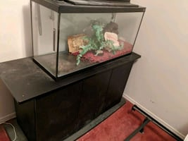 stand for 100 gallon fish tank and 33 gallon fish tank
