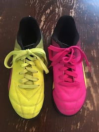 Puma Indoor Soccer Cleats, kid size 4.5 Petaluma, 94954