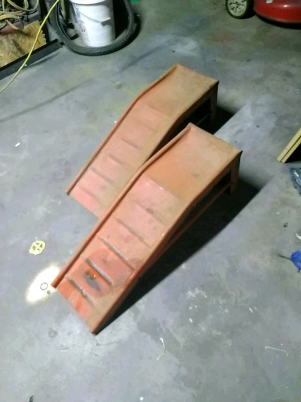 Car Ramps For Sale >> Used Car Ramps For Sale In Paris Letgo