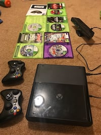 black Xbox 360 console with 2 controllers 6 games and a kinect  Louisville, 80027