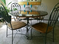 round black metal table with four chairs Phoenix, 85053