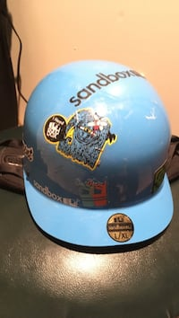 Sandbox Snowboard helmet Kitchener, N2G 4K3