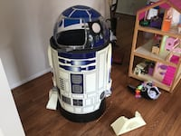 white and blue R2-D2 toy Fairfax, 22033