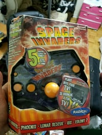 Brand new Joystick with 5 pre loaded arcade games