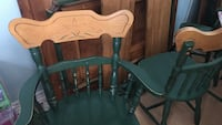 two green wooden windsor chairs Montréal, H9H 3T4
