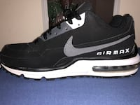 Black Suede Air Max - Mens 8 - Great condition Northport, 35473