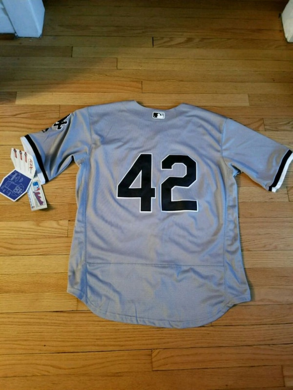 the best attitude 01c10 b0ba1 White Sox Jackie Robinson Day Jersey